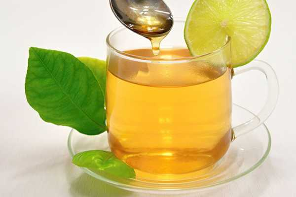 Green-Tea-Water-And-Honey-Face-Pack